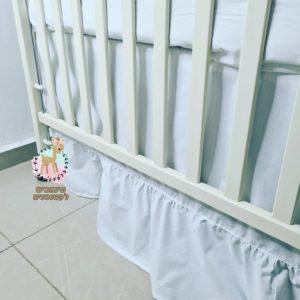 חצאית למיטת תינוק