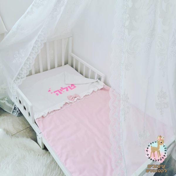 שמיכה לתינוק , שמיכות קיץ , שמיכה לילדה , שמיכת קיץ לתינוקת , שמיכה עם שם , מתנת לידה , עיצובים לקטנטנים , מתנה ליולדת