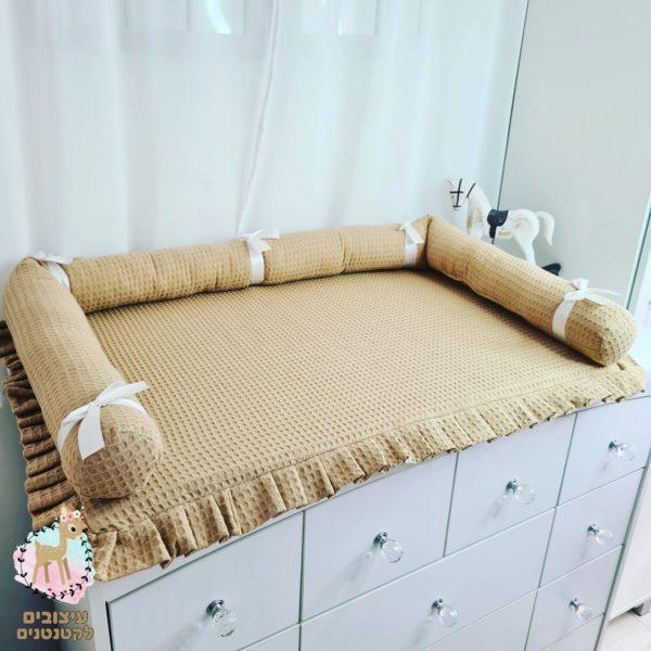 משטח החתלה , מזרן החתלה , משטחי החתלה , החתלה , שידת החתלה , מוצרים לתינוקות